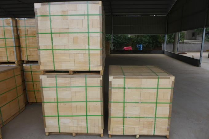 Standard Size 1260 Ceramic Fiber Blanket White Refractory Insulation For Industrial