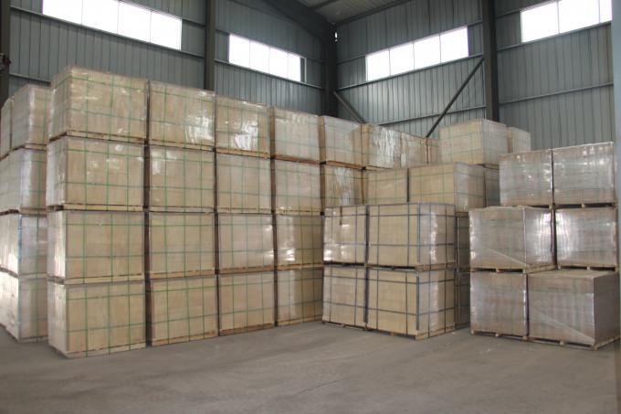 Standard Size Refractory Fireclay Brick High Mechanical Strength For Glass Furnace
