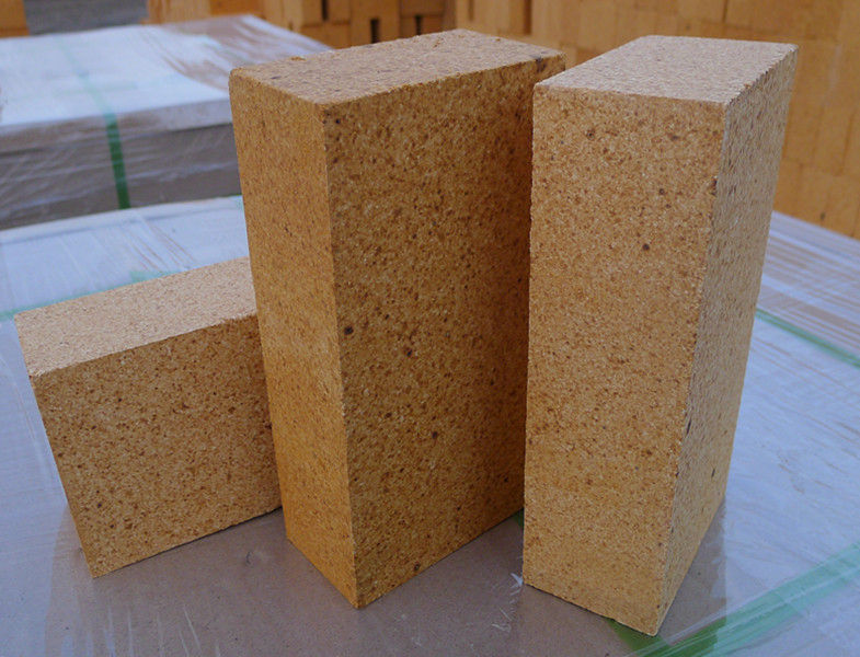 Al2O3 38- 42% Камин Огнеупорный кирпич Высокая плотность для доменной печи Стеклянная печь