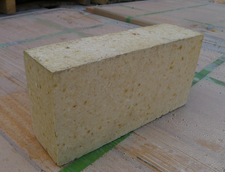 Wear Resistance High Alumina Brick , Insulating Fire Brick For Steel Plant / Steel Ladle