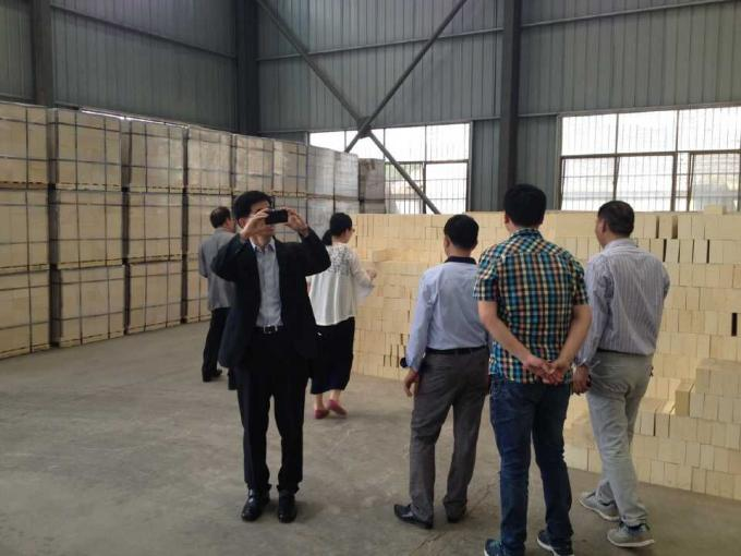Refractory Customized Lightweight Insulating Fire Brick For Industry Kilns