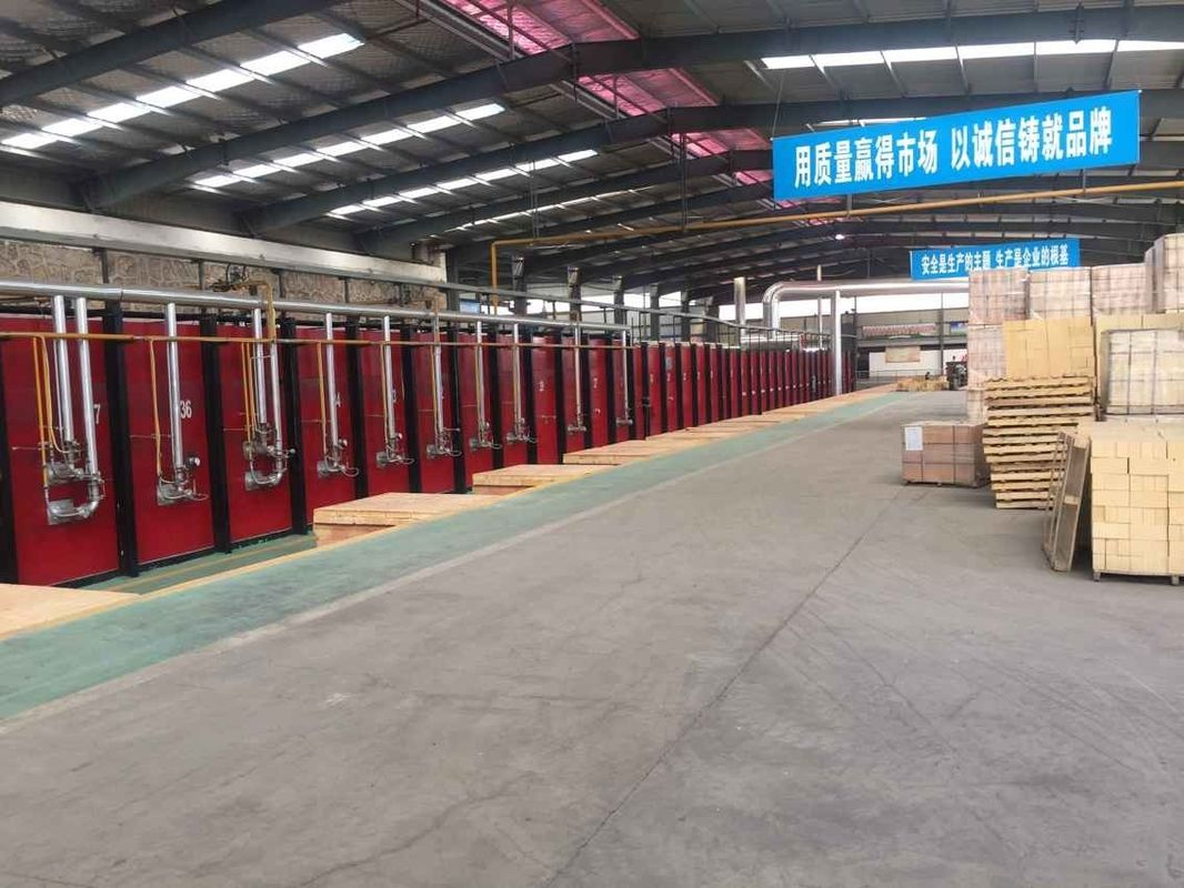 High Aluminum Kiln Refractory Bricks Good Slag Resistance For Cement Industry